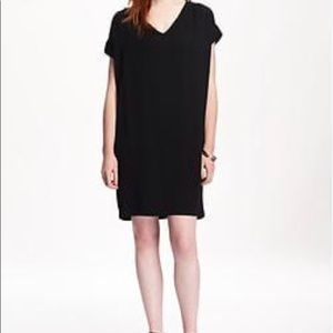 Black v-neck casual dress NWT LBD